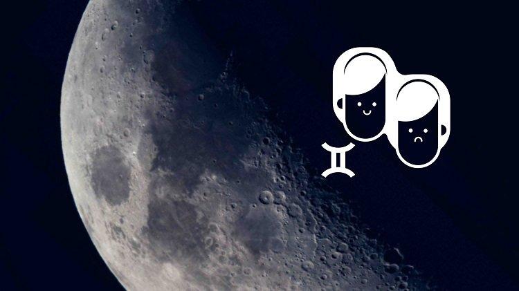 Moon in Gemini woman