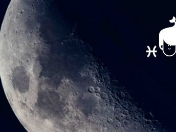 Moon in Pisces woman